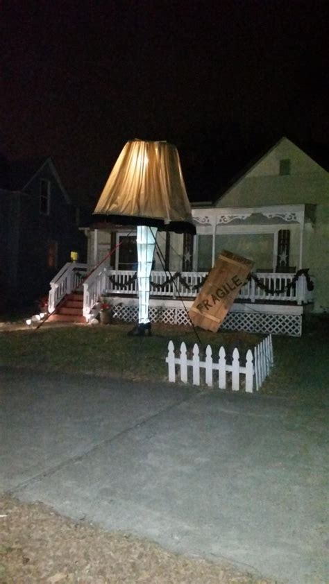 And Here Are The Absolute Funniest Christmas Decorations Ever