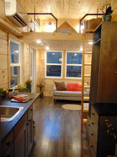 Rookwood Cottage - Incredible Tiny Homes