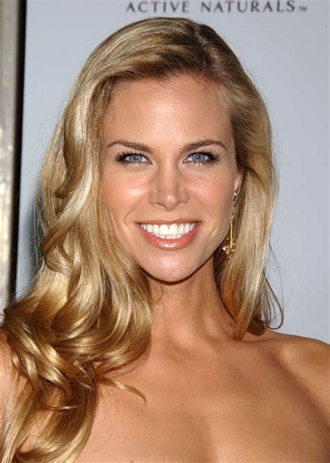 Poze Brooke Burns - Actor - Poza 23 din 101 - CineMagia