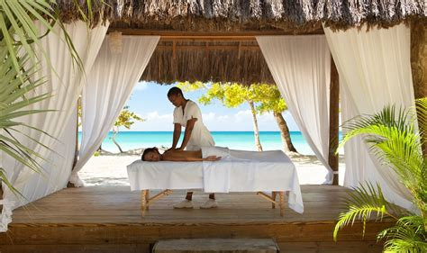 Couples Negril - Modern Vacations
